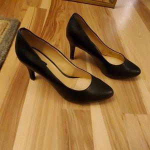Womens Alex Marie leather pumps size 8.5l